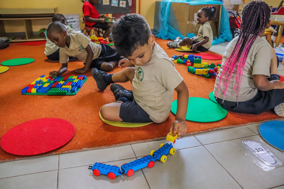 Kampala International School - Learner Lego Studio